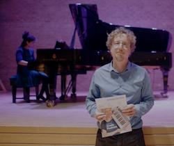 Dan-Goren-with-piano